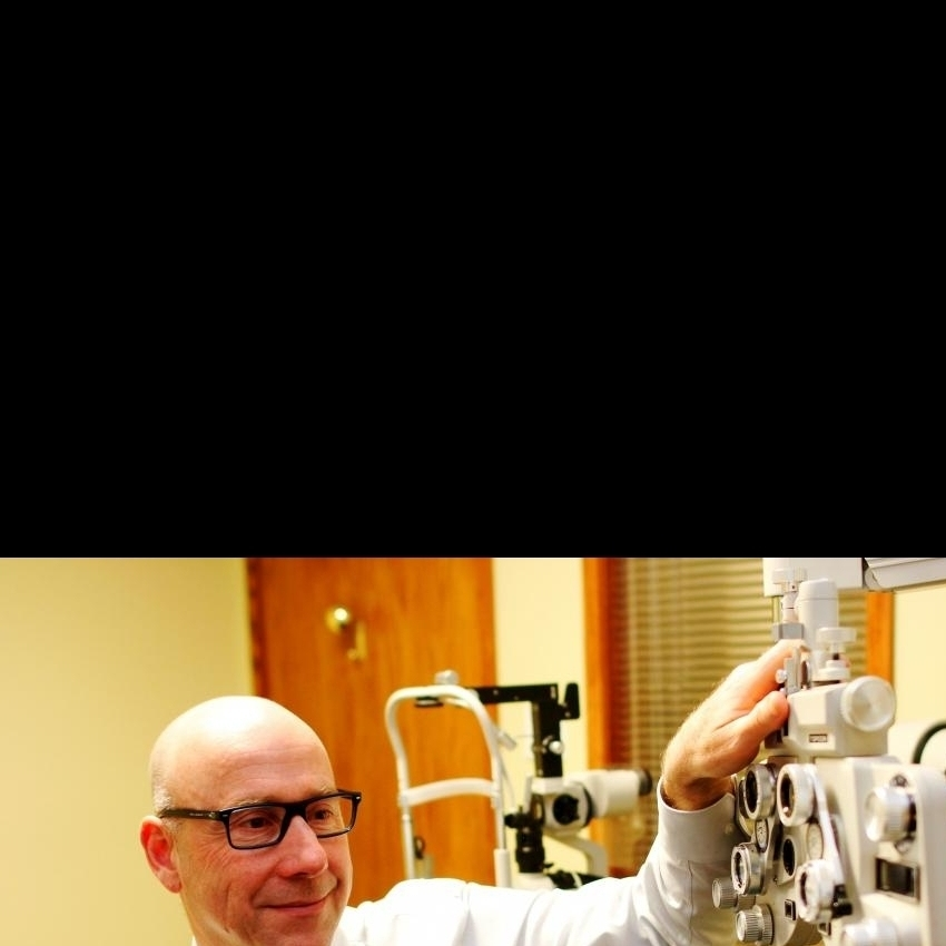 Dr. Hazan in eye exam